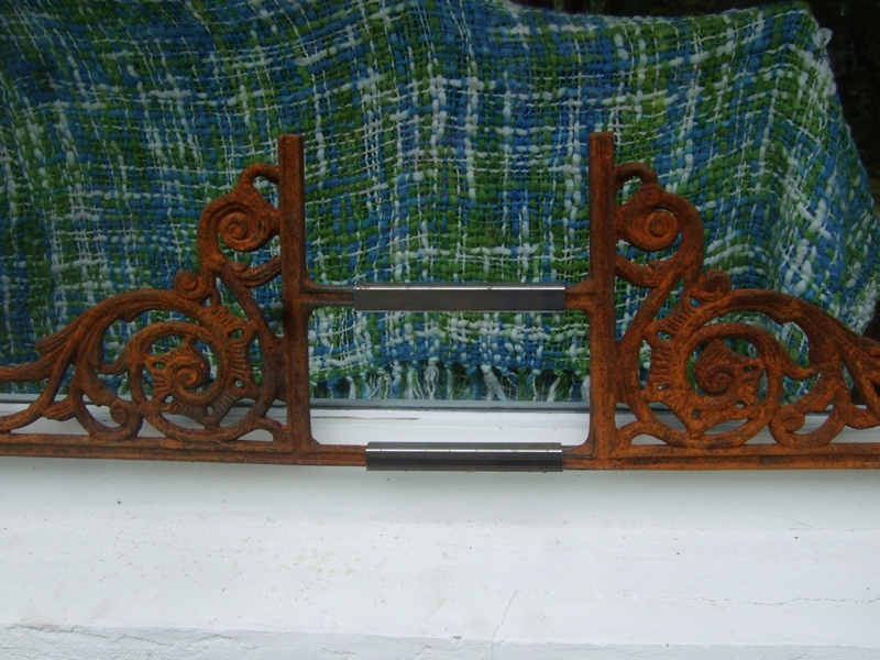 fenstergitter blumenkasten halter f fensterbank ebay. Black Bedroom Furniture Sets. Home Design Ideas