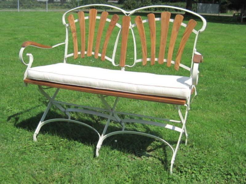 nostalgie gartenbank bank klappbar metallgestell mit teakholz gartenm bel ebay. Black Bedroom Furniture Sets. Home Design Ideas