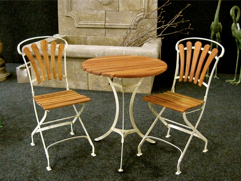 bezaubernde gartenm bel nostalgie 2 x stuhl klappbar tisch mit teakholz ebay. Black Bedroom Furniture Sets. Home Design Ideas