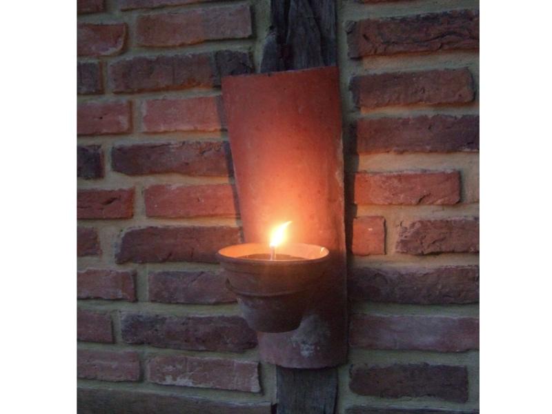 Dachziegel Mit Kerze Als Wandlampe U Blumentopfhalter